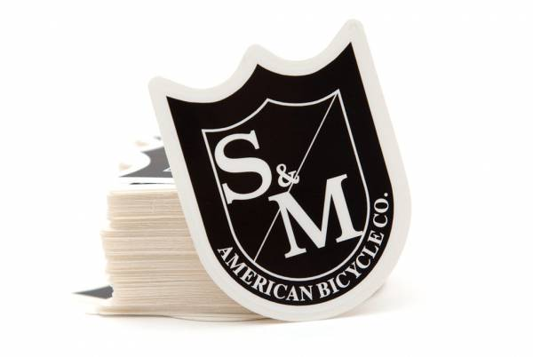 S&M STICKER SHIELD LOGO SINGLE Black/White