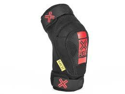 FUSE KNEE GUARDS E DFS KIDS L or XL Black/Red